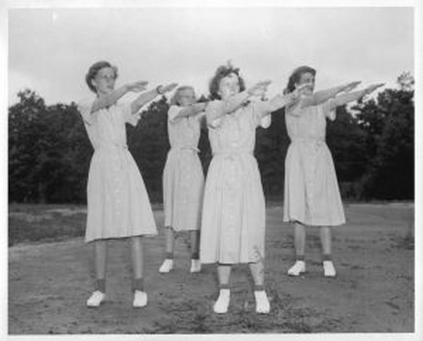 493921_exercise_in_the_1950s
